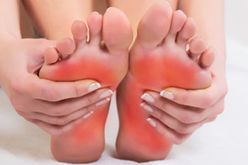 Foot pain treatment in Dyker Heights, Brooklyn, NY 11228 and Old Bridge, NJ 08857